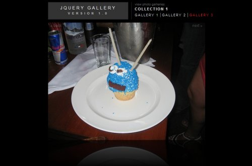 Image Gallery with jQuery and Reflections - ReflectionGallery